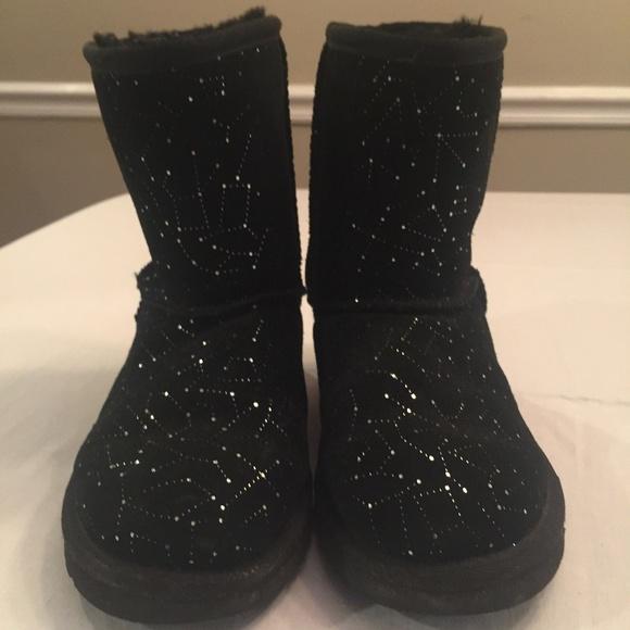 34d84856d2a Size 3 Big Kids Classic Black Galaxy Uggs Boots